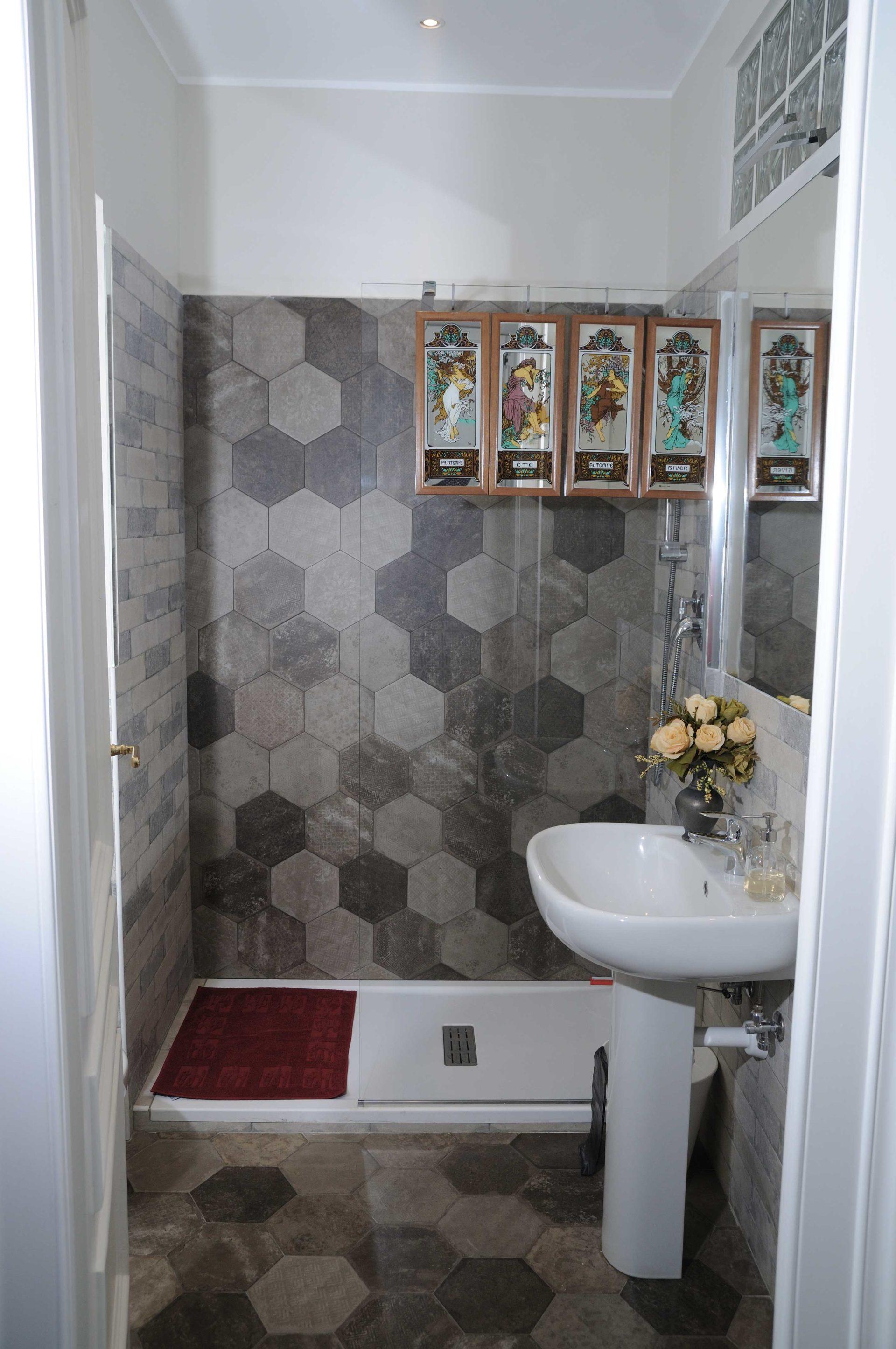 Casacrivello bagno2 camera piccola casa crivello for 2 bagni piccola casa